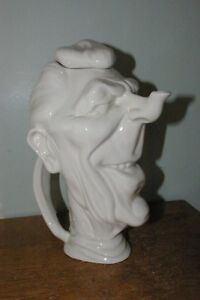Vintage-Hall-Pottery-President-Ronald-Reagan-teapot-Superb-Detail