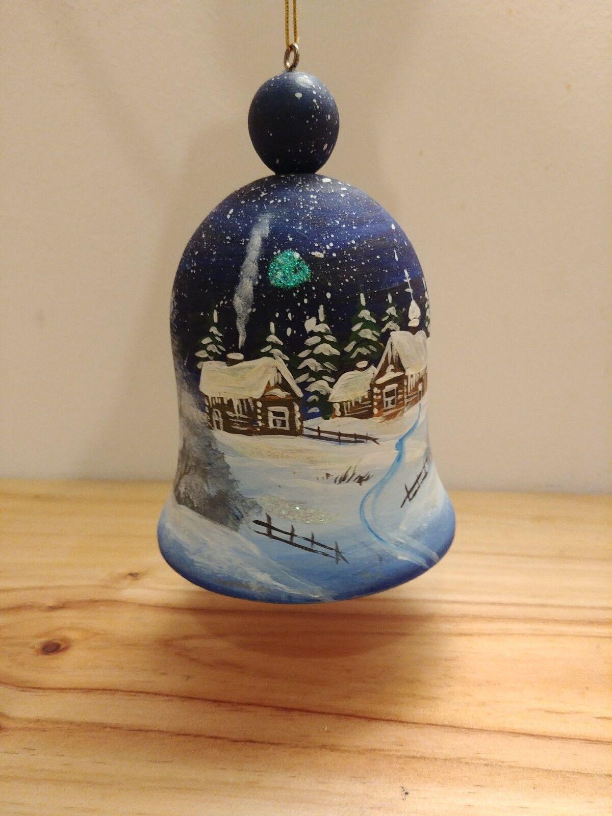 Clochette en bois découpé, pour sapin de Noël, Paysage De Noël hiver