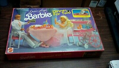 no.7413. NEW Special Expressions Barbie Dance Cafe Playset