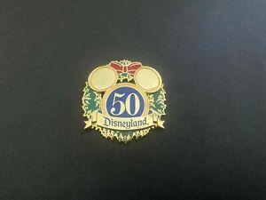 DLR-Cast-Member-Bin-50th-Anniversary-Christmas-Wreath-LE-Disney-Pin-43226