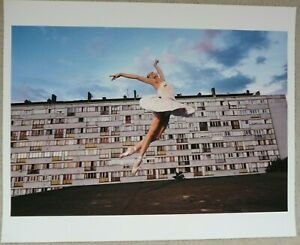 JR-Ed1000-Wombat-Box-Un-Signed-Ballerina-Print-banksy-pejac-dran-stik-photos