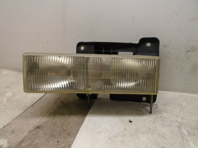 95 96 97 98 99 Chevy Tahoe Right Side Headlight Lamp Assembly Oem