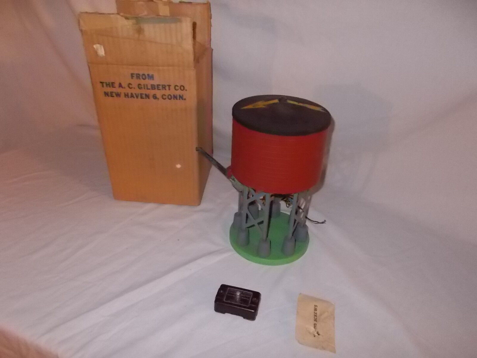 AMERICAN FLYER 596 WATER TANK IN ORIGINAL BOX LOT  F-86