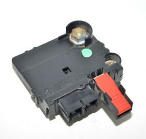 mercedes rear battery junction fuse box 00 06 s430 s500 cl500 oemimage is loading mercedes rear battery junction fuse box 00 06