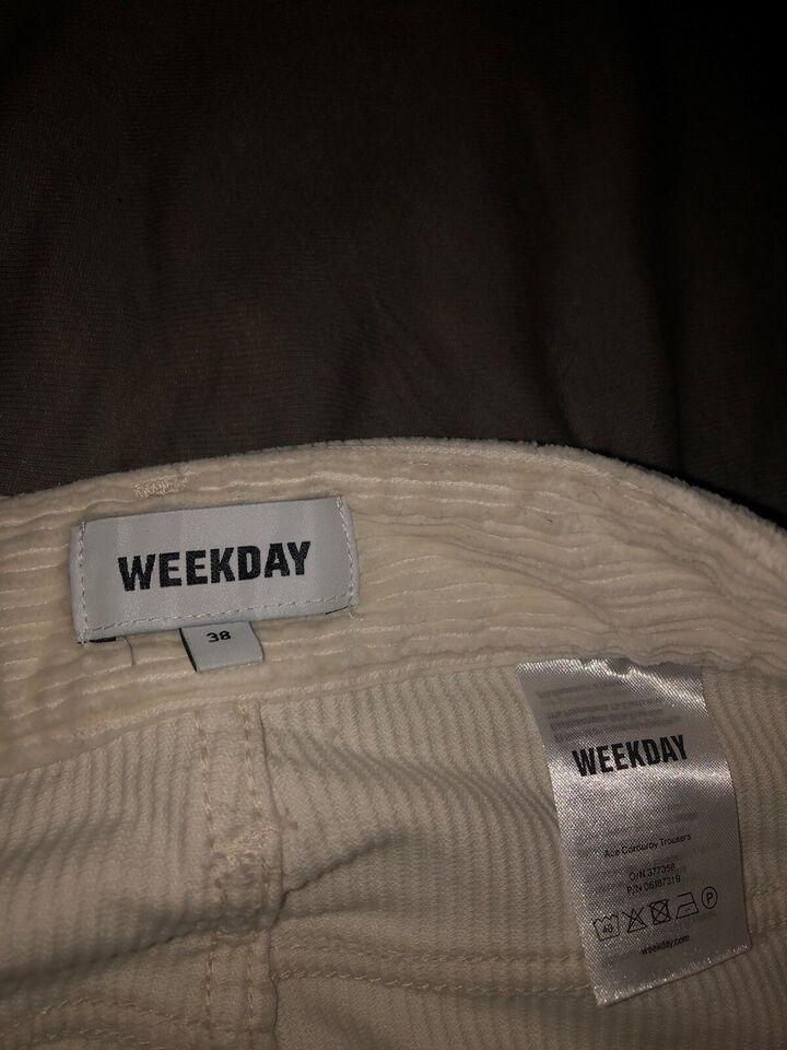 Jeans, Weekday, str. 38 – dba.dk – Køb og Salg af Nyt og Brugt