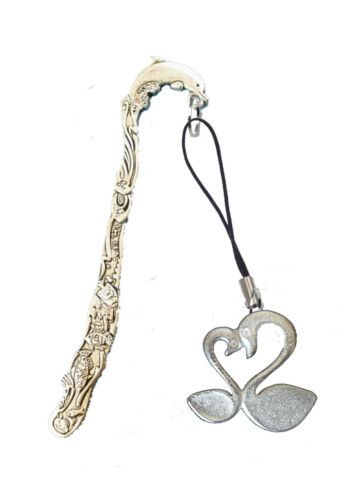 Two Loving Swans 3.8x3.6cm gt241 Fine English Pewter On A DOLPHIN Bookmark