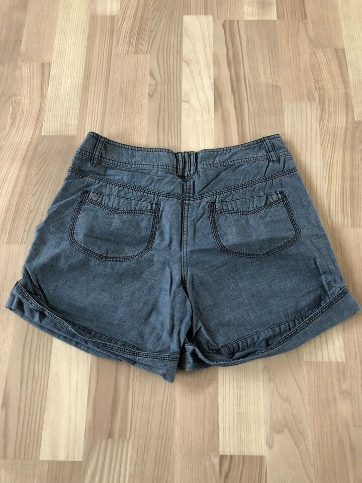 Shorts, H&M, str. 38