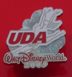 Walt-Disney-World-Enamel-Pin-Badge-UDA-2009-National-Dance-Dancing-Championships