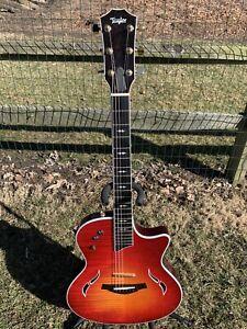 Taylor T5 Custom Electric / Acoustic guitar