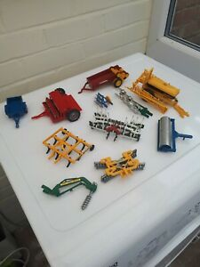 BRITAINS-FARM-TOYS-NICE-JOB-LOT-OF-TRACTOR-IMPLEMENTS
