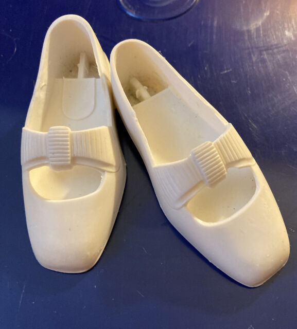 Vintage Ideal Crissy Grohair & Family White Bow Shoes!