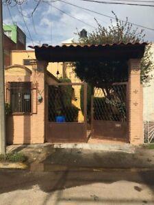 Casa en Venta en la Colonia Luisa Isabel de Campos de Jímenez Cantú, Metepec