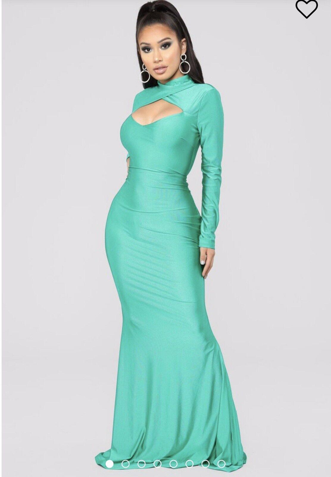 Green Long  Sleeve Maxi Dress