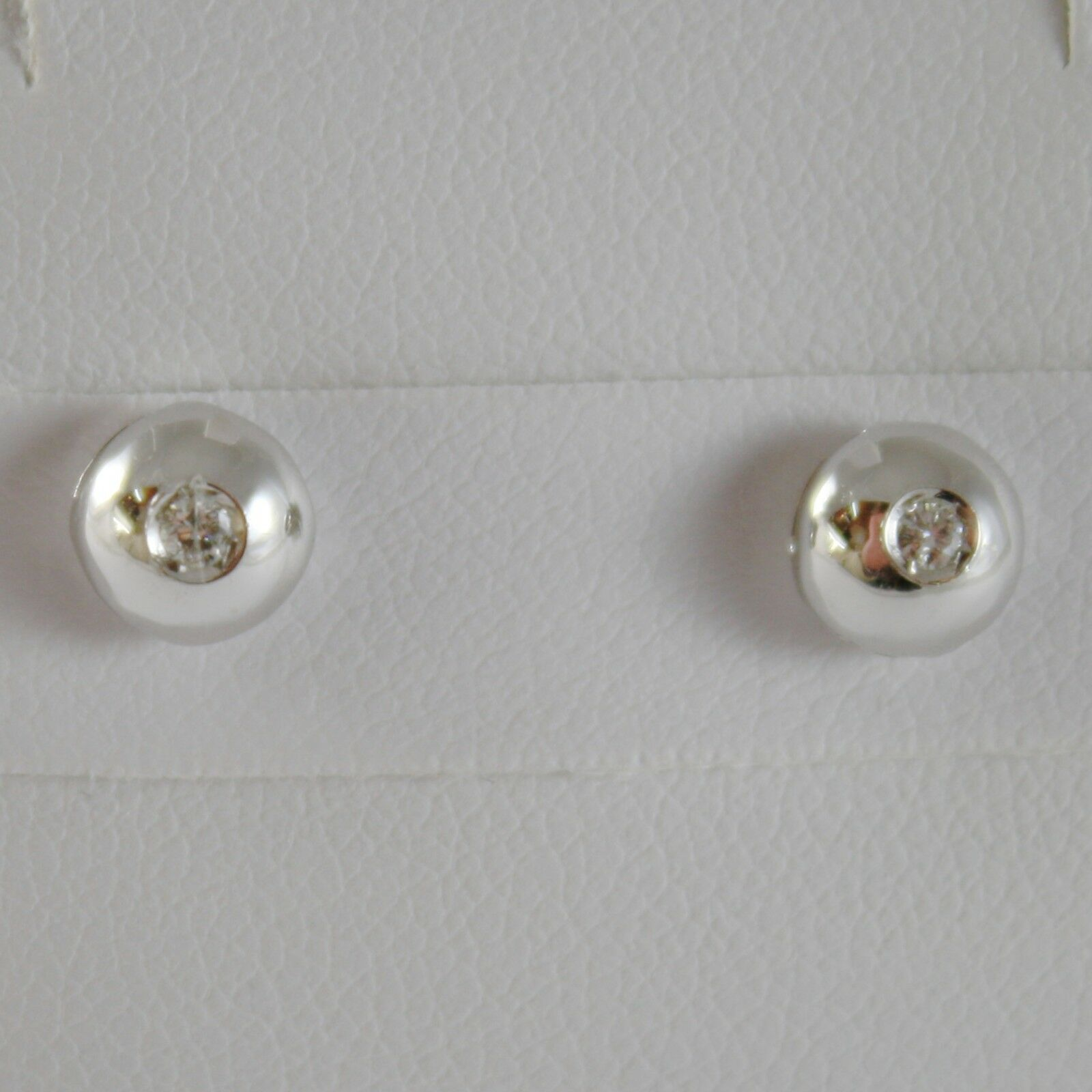 18K WHITE gold ROUND EARRINGS WITH DIAMOND DIAMONDS 0.05 CARATS, MADE IN ITALY