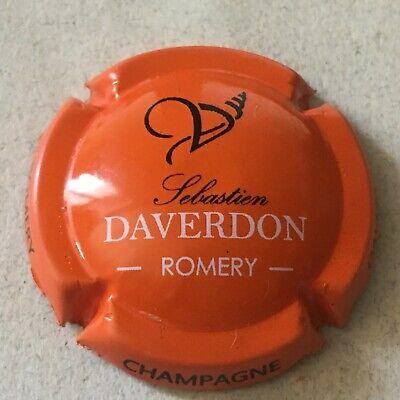Capsule de champagne DAVERDON S. 11c. crème noir et or