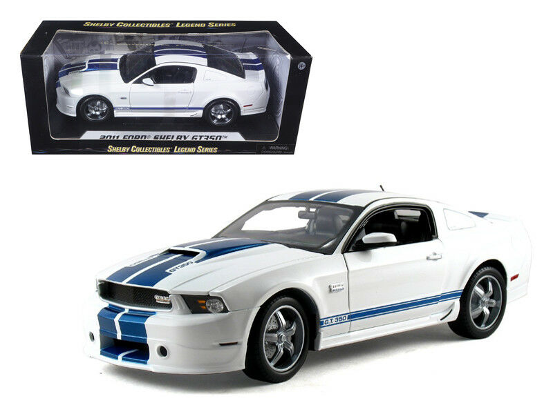 2011 Ford Shelby Mustang GT350 White 1 18 Diecast Model - SC351