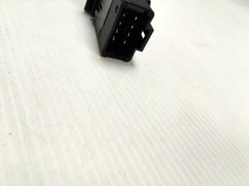 Interrupteur-bouton Warning//signal de détresse RENAULT KANGOO 7700308821