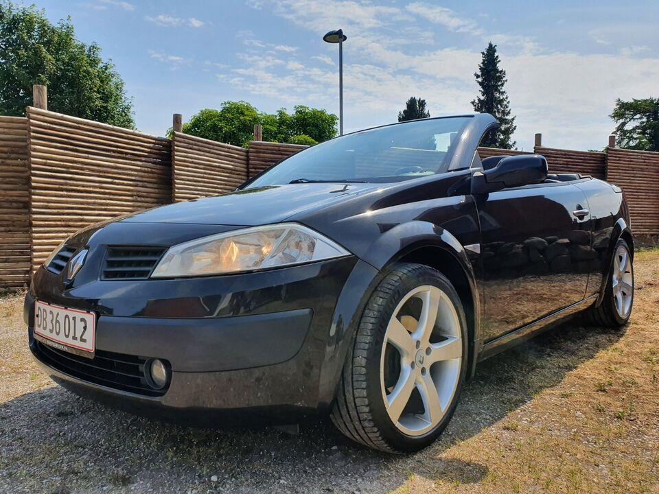 Renault Megane II 1,6 CC Benzin modelår 2005 km 233000 ABS