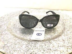 dasoon vision tres jolie paire de lunette de soleil noir. Black Bedroom Furniture Sets. Home Design Ideas