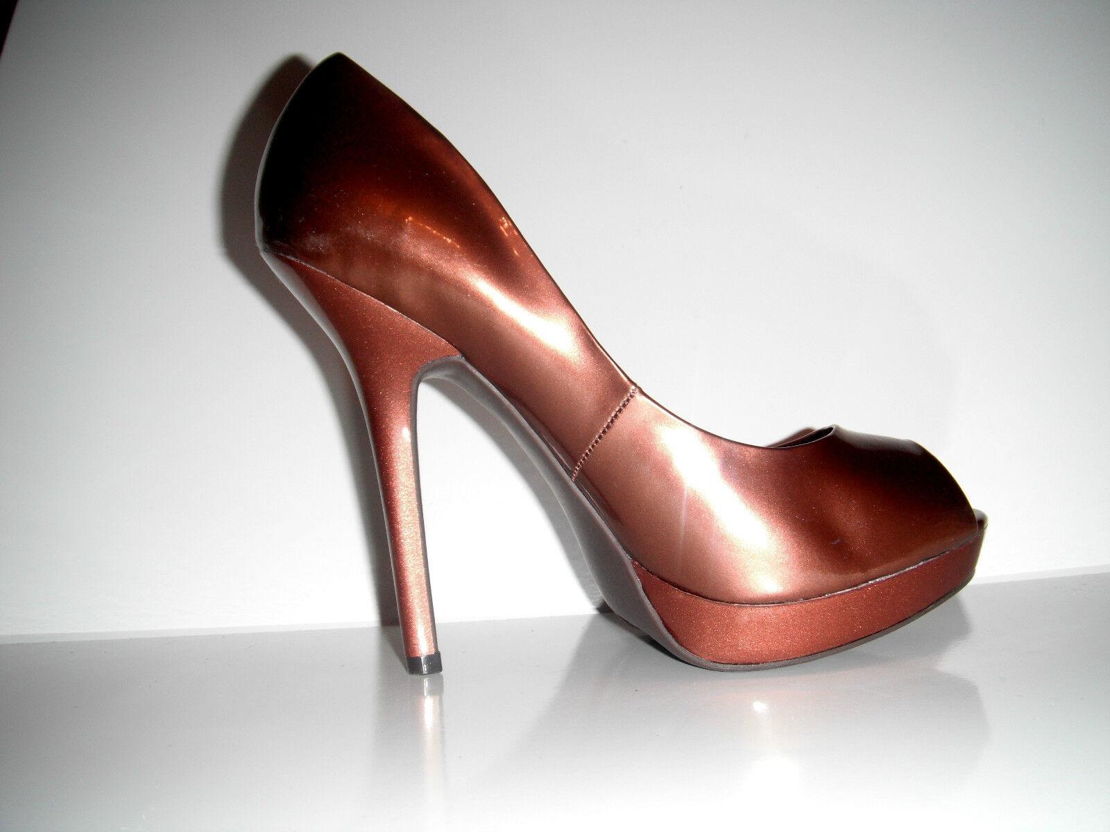 NIB Fergie Women's Holly Peep-Toe Pump Platform  Dress shoes sz 9M