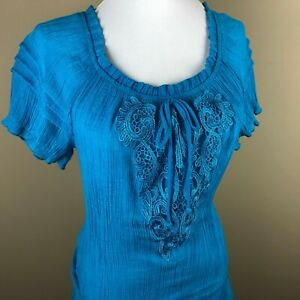IZ-Byer-Women-039-s-Short-Sleeve-Top-Blouse-Size-L-Teal-Blue-Crochet-Applique