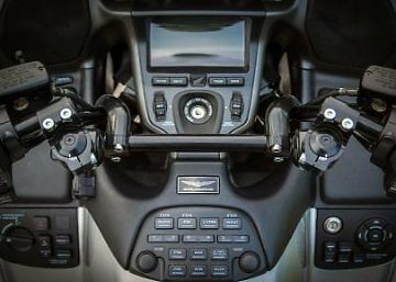 Honda Goldwing GL1800 F6B LST Horizon Handlebar Helibars Heli Risers HBLST01084