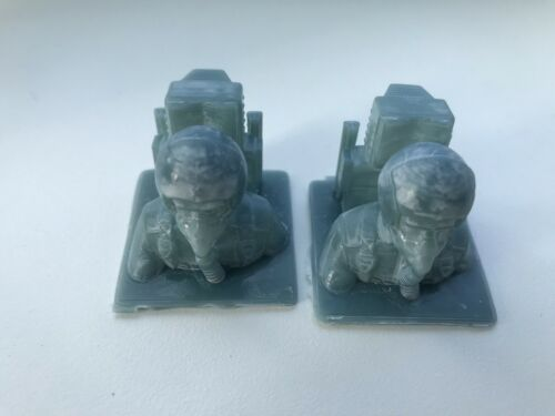 2 x RC Resin 1//15 Jet pilot bust with General Dynamics type ejector seat scale.