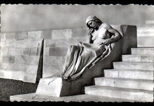 VIMY-62-MONUMENT-aux-MORTS-MEMORIAL-CANADIEN