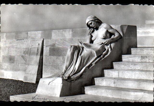 VIMY (62) MONUMENT aux MORTS / MEMORIAL CANADIEN