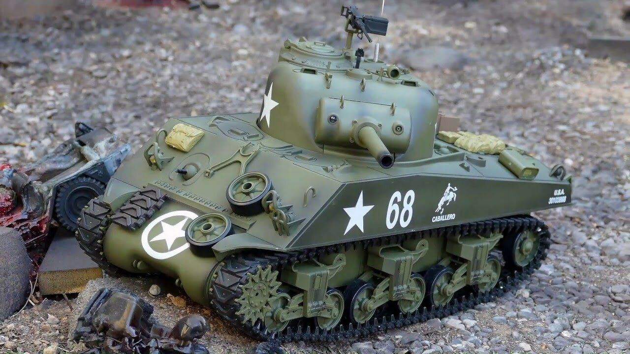 RTR RC UPGRADED THE FURY Panzer Smoke & Sound 2.4Ghz M4A3 Sherman Battle Tank