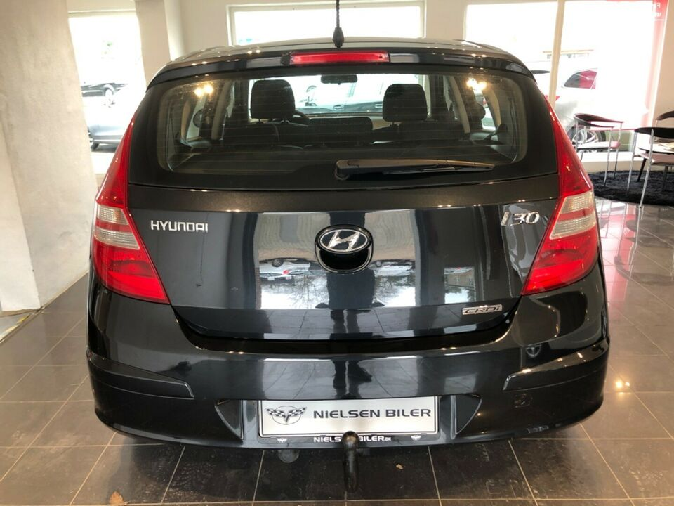 Hyundai i30 1,6 CRDi 90 Classic Diesel modelår 2009 km