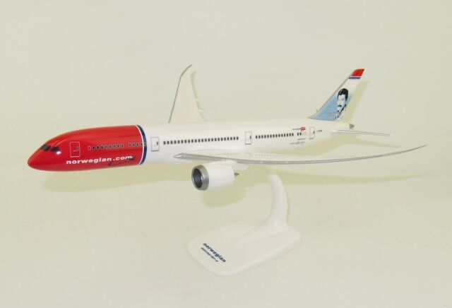 Boeing 787-9 Norwegian International Freddie Mercury Model Scale 1:200 G
