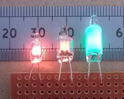 Ampoule fluo terminés par des fils par lumex divers types inc Lampe Vert