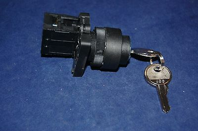 1PC FITS XB2 EG21C 22MM 1NO 2 Positions Maintained Key Select Selector Switch