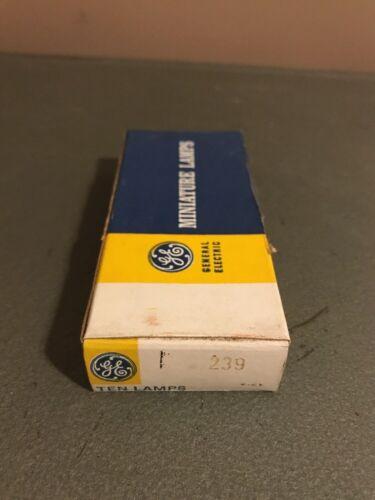 Box of 10 General Electric GE 239 GE239 Miniature Lamps Light Bulbs