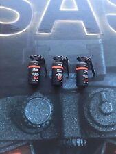 Dragon in Dreams DID British SAS Sean Flash Bang Grenades x 3 loose 1/6th scale