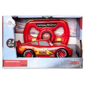 Disney Cars Lightning McQueen Exclusive 6-Inch R/C Remote Control Car [2.4 GHz]