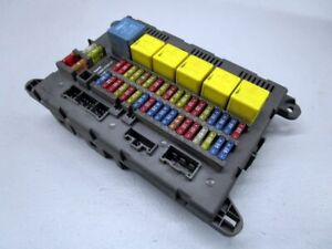 Land-Rover-Freelander-LN-2-0-TD4-4X4-Caja-de-Fusibles-518668603-YQE000340