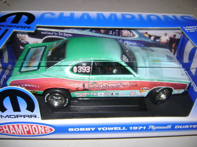 Ertl   mic.   18 - 1971 bobby yowell duster  mopar champions - 1   2