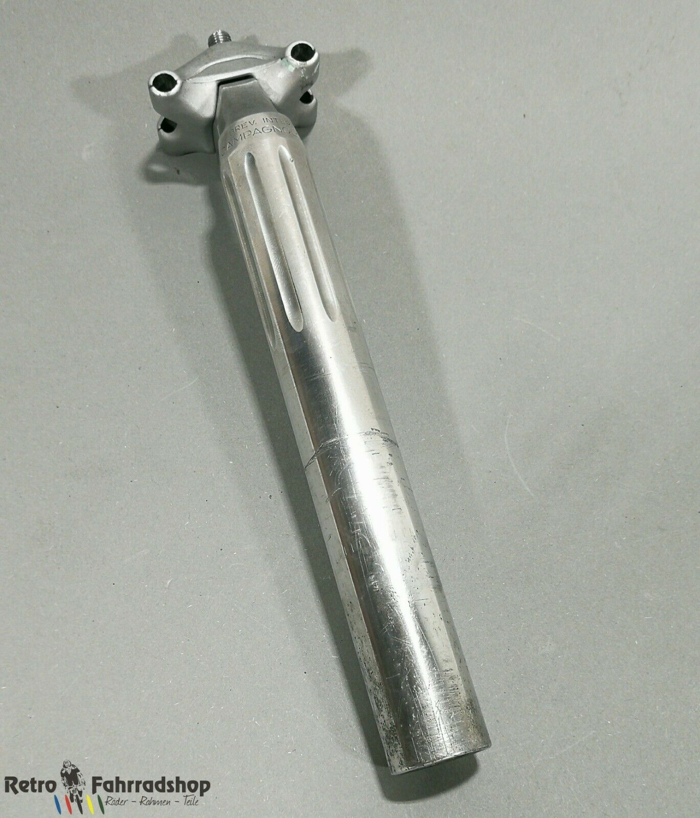 CAMPAGNOLO 40511 Nuovo Super Record Fluted Seatpost 26,6mm retro 215mm BJ 1985