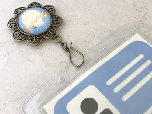 ID Badge Holder Magnetic Portuguese Knitting Pin Lazy Sheep