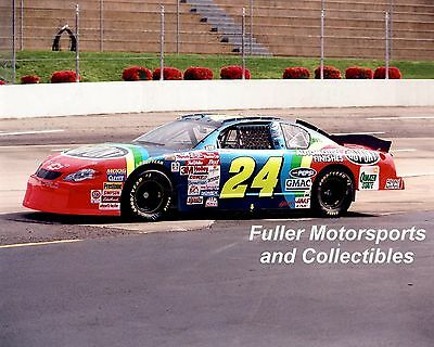JEFF GORDON #24 DUPONT CHEVY AT MARTINSVILLE 2000 NASCAR WINSTON CUP 8X10 PHOTO