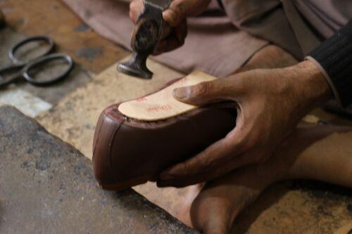 dita lacci stringati con color a punta marrone in pelle scuro Stivaletti due EPqwHgg