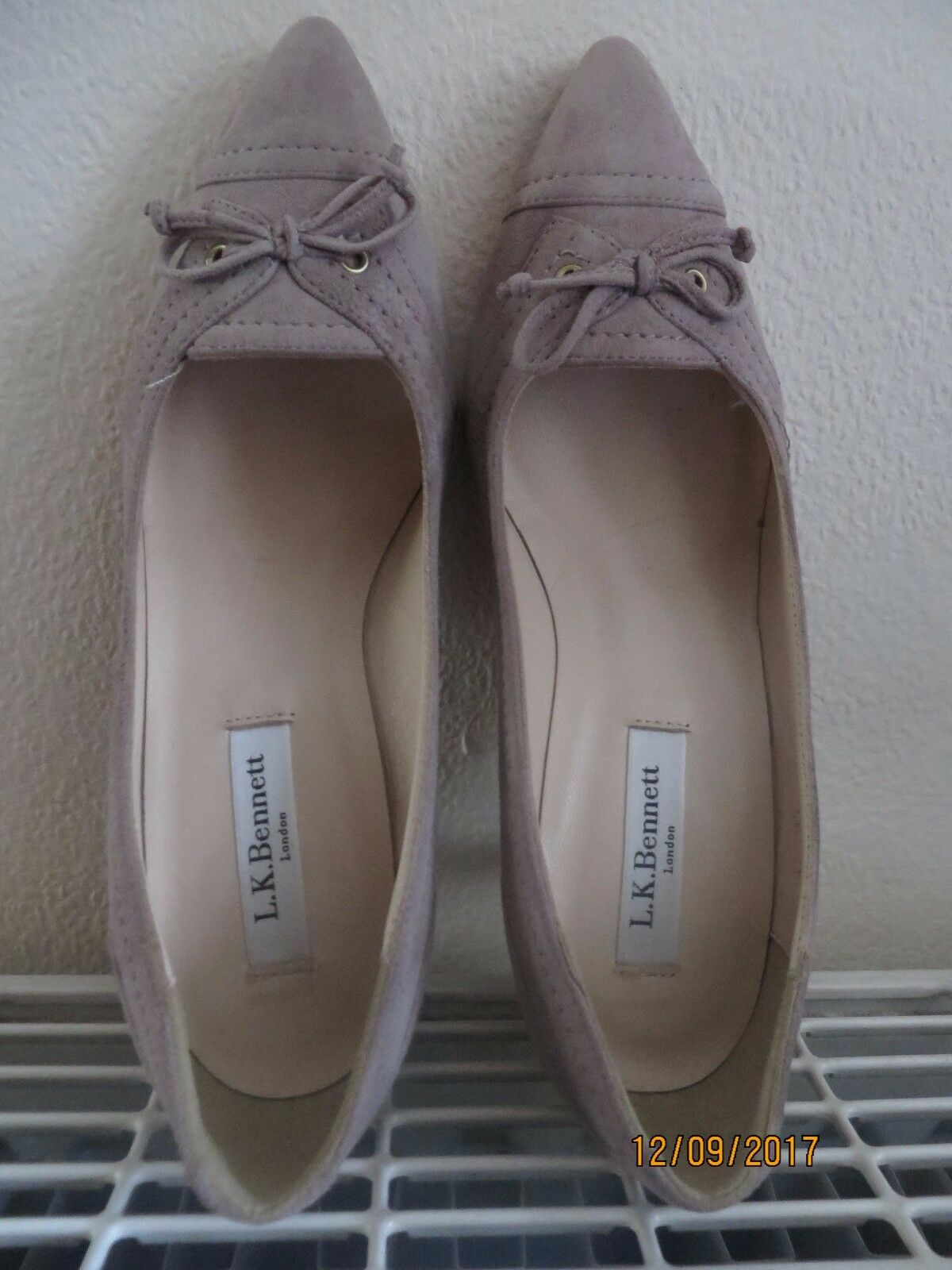 Beautiful Suede L.K.Bennett Court shoes New Size 36