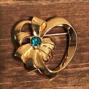 Vintage-Gold-Tone-Avon-Heart-Pin-Brooch-With-Green-Rhinestone-Estate-Sale
