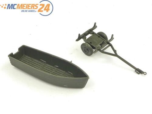 E135 Roco Minitanks H0 151 Militärfahrzeug Sturmbootanhänger mit Boot 1:87