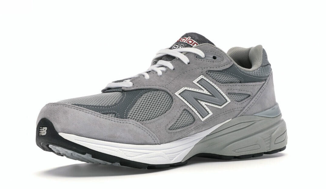 NEW BALANCE Men's Grey Heritage Collection 990 V3 Sneakers NIB