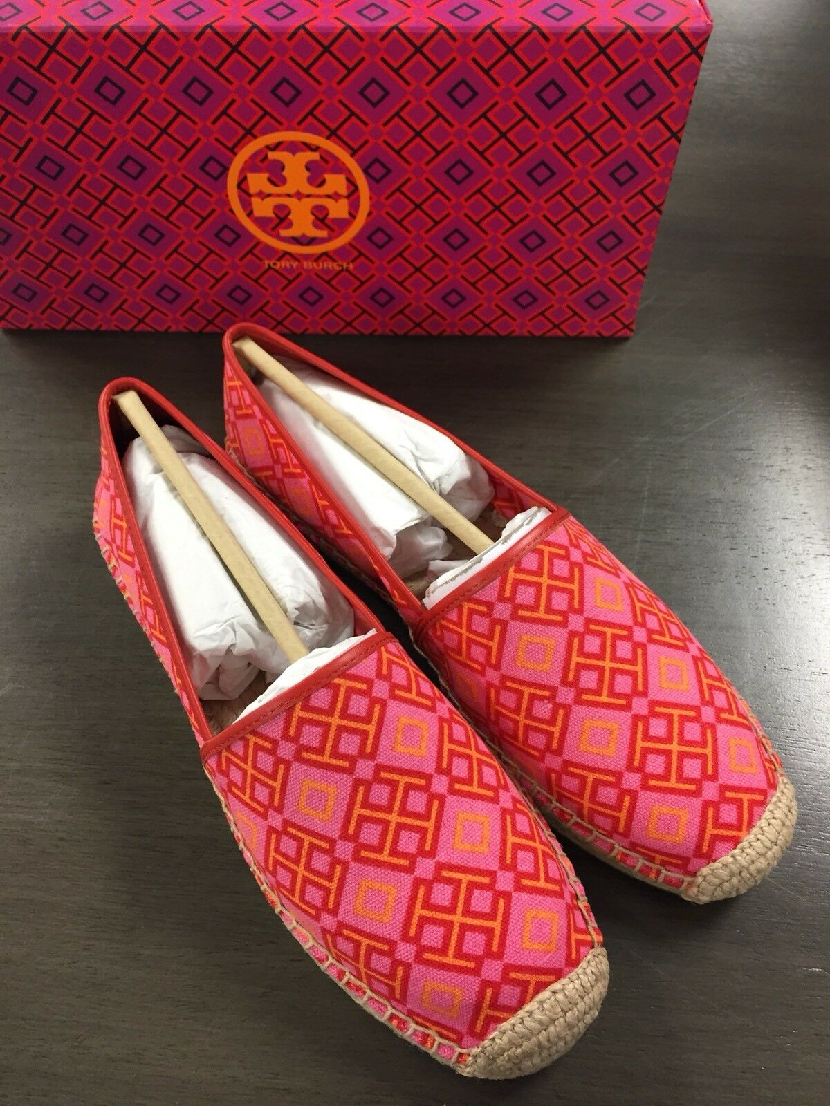 Tory Burch Honeysuckle 4t Print Red Volcano Pink Canvas Espadrille shoes 10.5