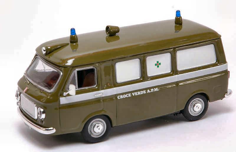 Fiat 238 Ambulance Croce Verde Milano 1:43 Model RIO4204 RIO