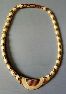 Vintage-MONET-CHOKER-NECKLACE-GOLD-W-CREAMY-IVORY-ENAMEL-signed-hallmarked